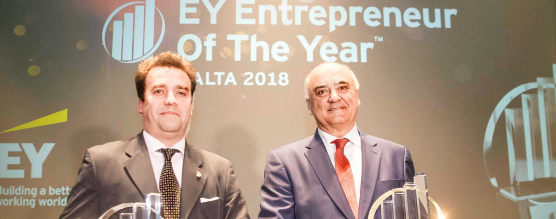 Shane Hunter (left) from AquaBioTech Group, winner of the 2018 EY Rising Star Award and Angelo Xuereb, Chairman of AX Holdings and 2018 Malta EY Entre