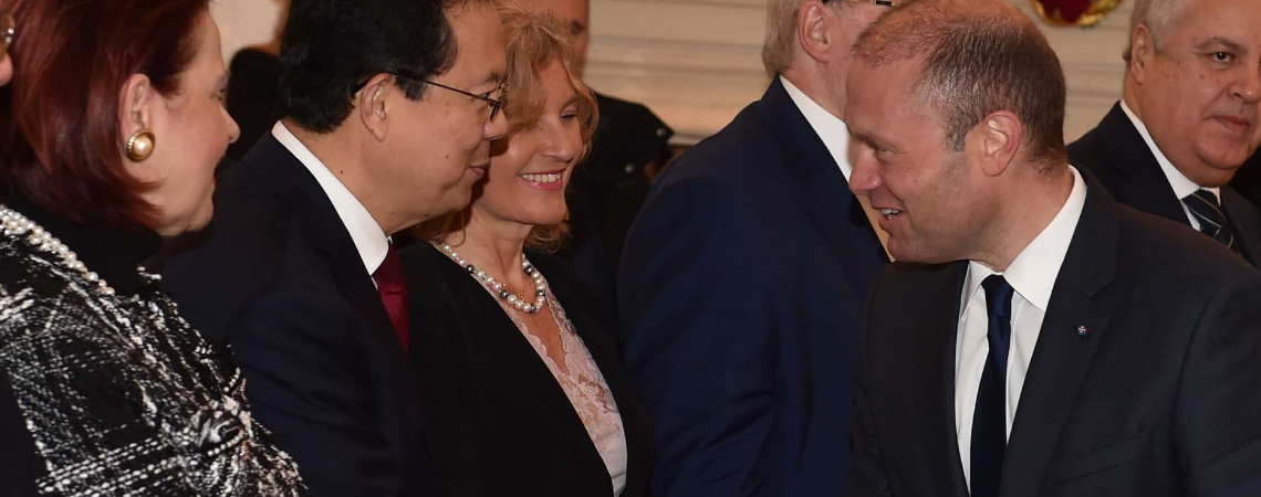 The exchange of New Year's greetings with heads of diplomatic missions. Photo - DOI/Jeremy Wonnacott