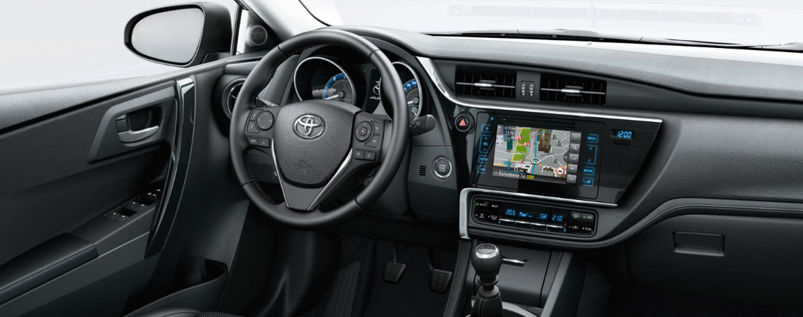 The interior of a Toyota Auris